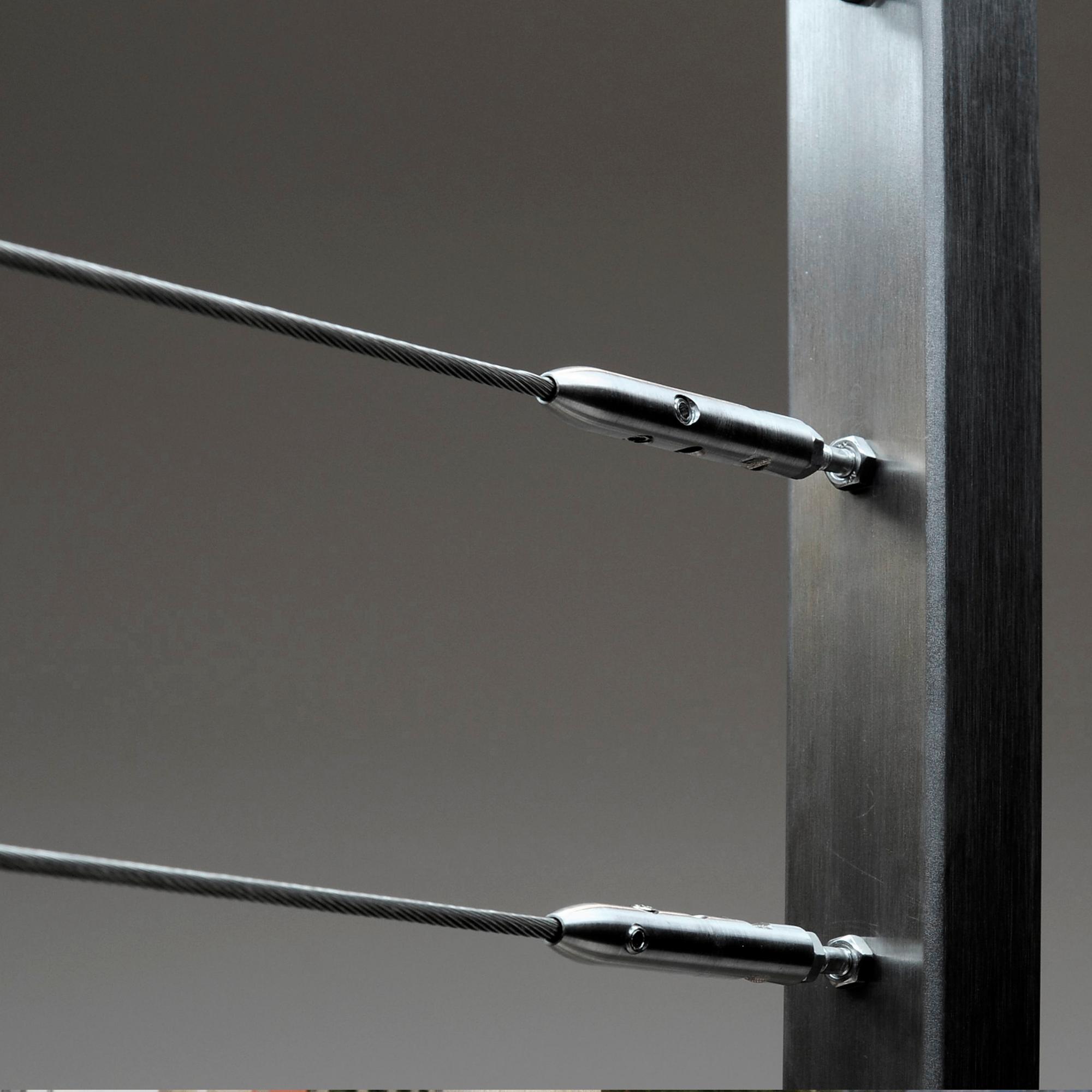 4mm Balustade fittings into Metal